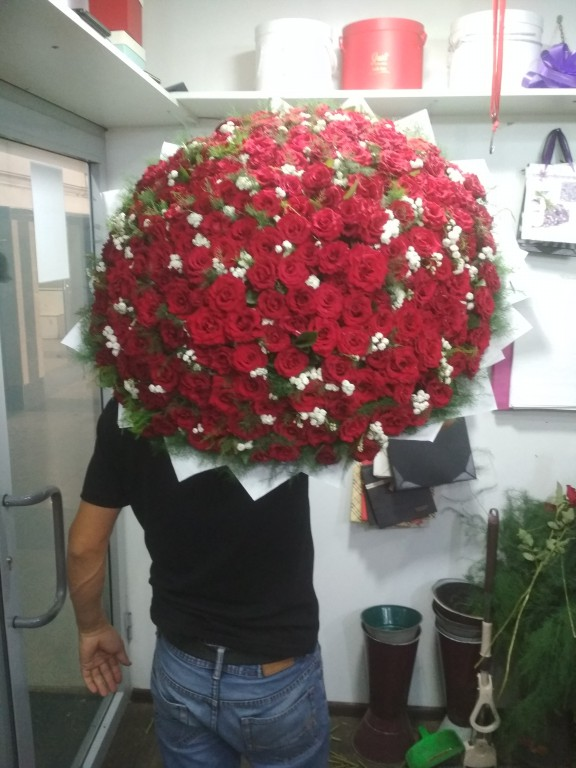 Букет местная отборная роза-201 роза
