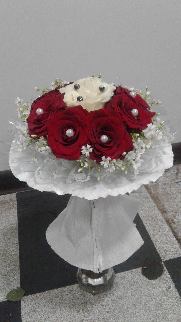 7 голландских роз