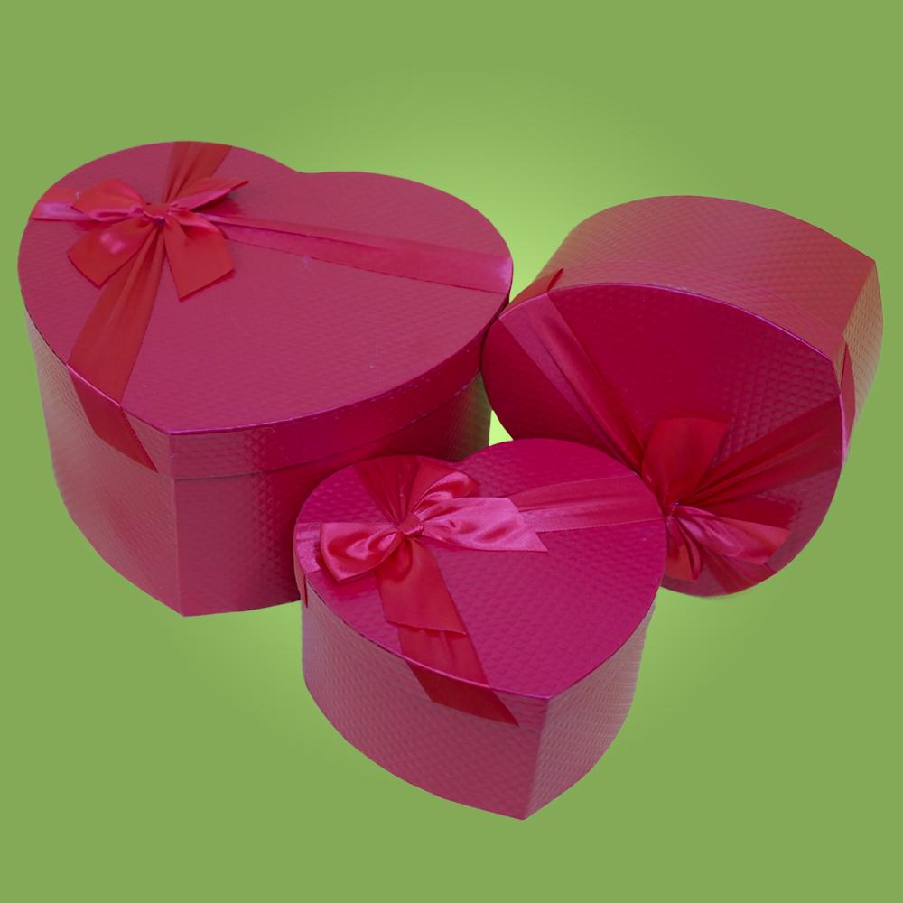 Коробки для цветов и подарок